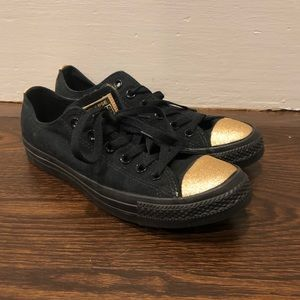 Black and Gold Converse All-Stars Low Tops